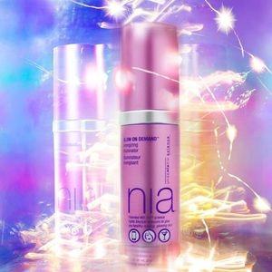 StriVectin NIA Glow On Demand Illuminator